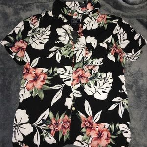 A&F Floral short-sleeve button up